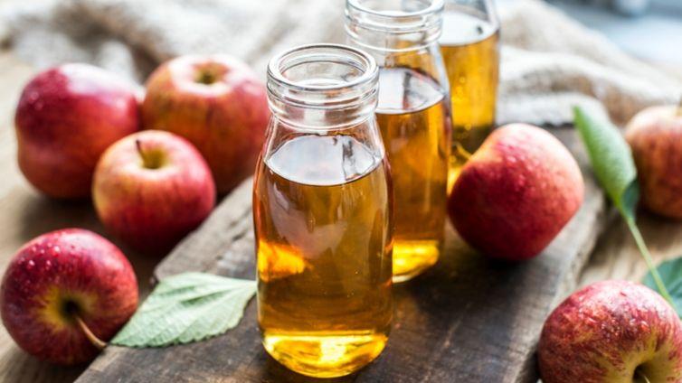 Apple Cider Vinegar For Dogs: A Safe Remedy - Barking Royalty